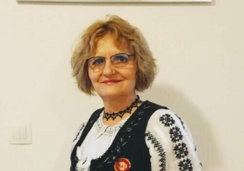 Elena S
