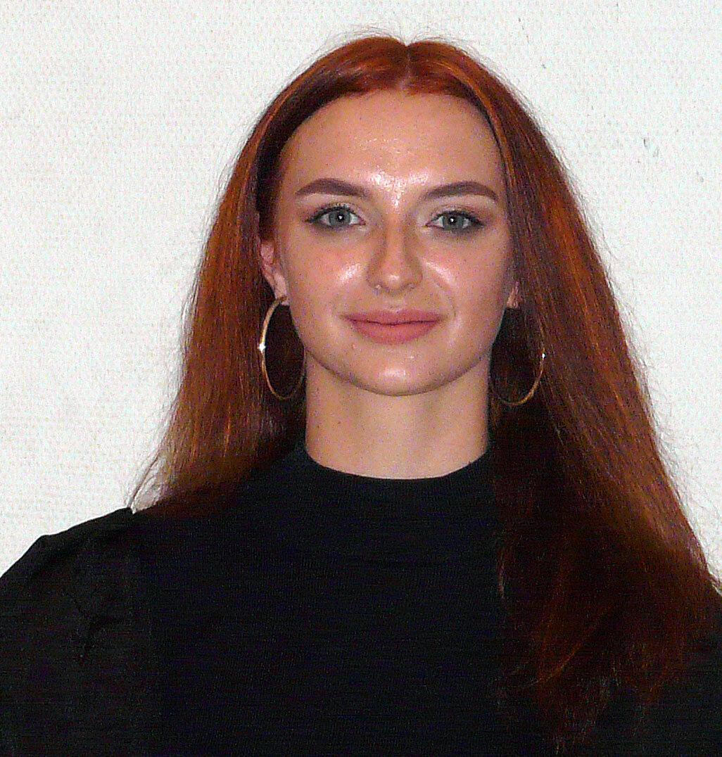 1. Vorsitzende  Polina Polyakova