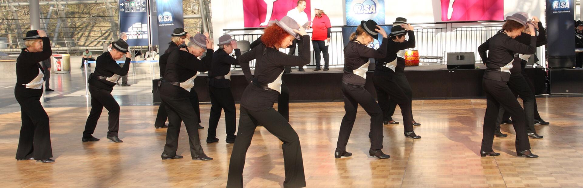 Aktive Senioren Leipzig Auftritt Kreativer Tanz Messe HGF