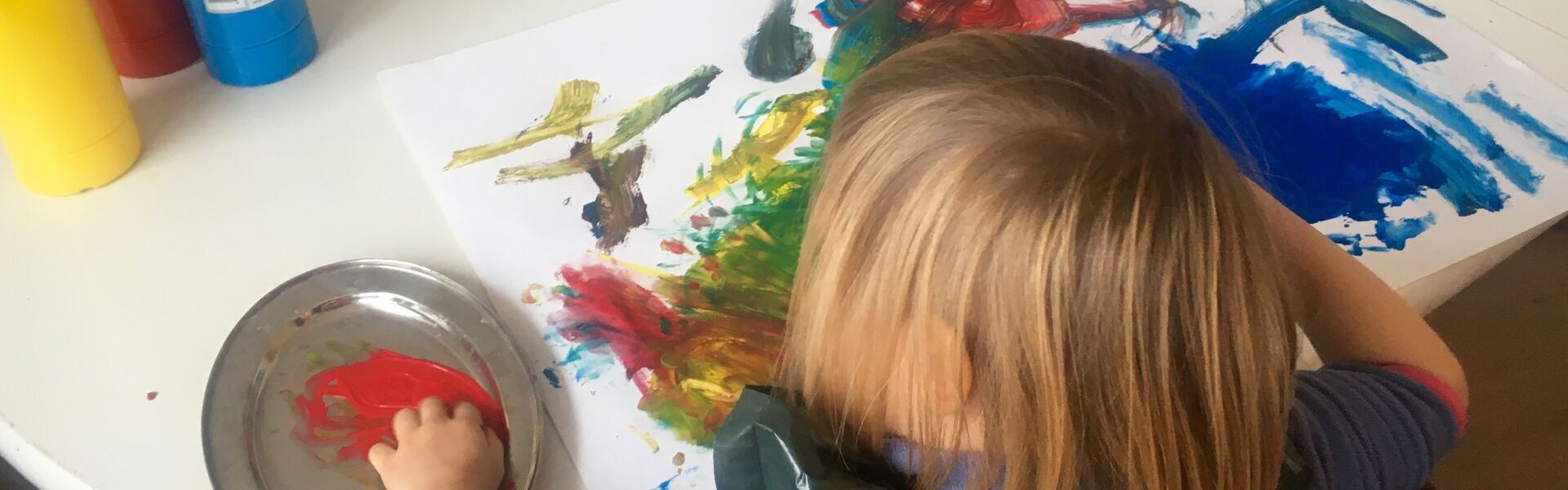 paintin_child