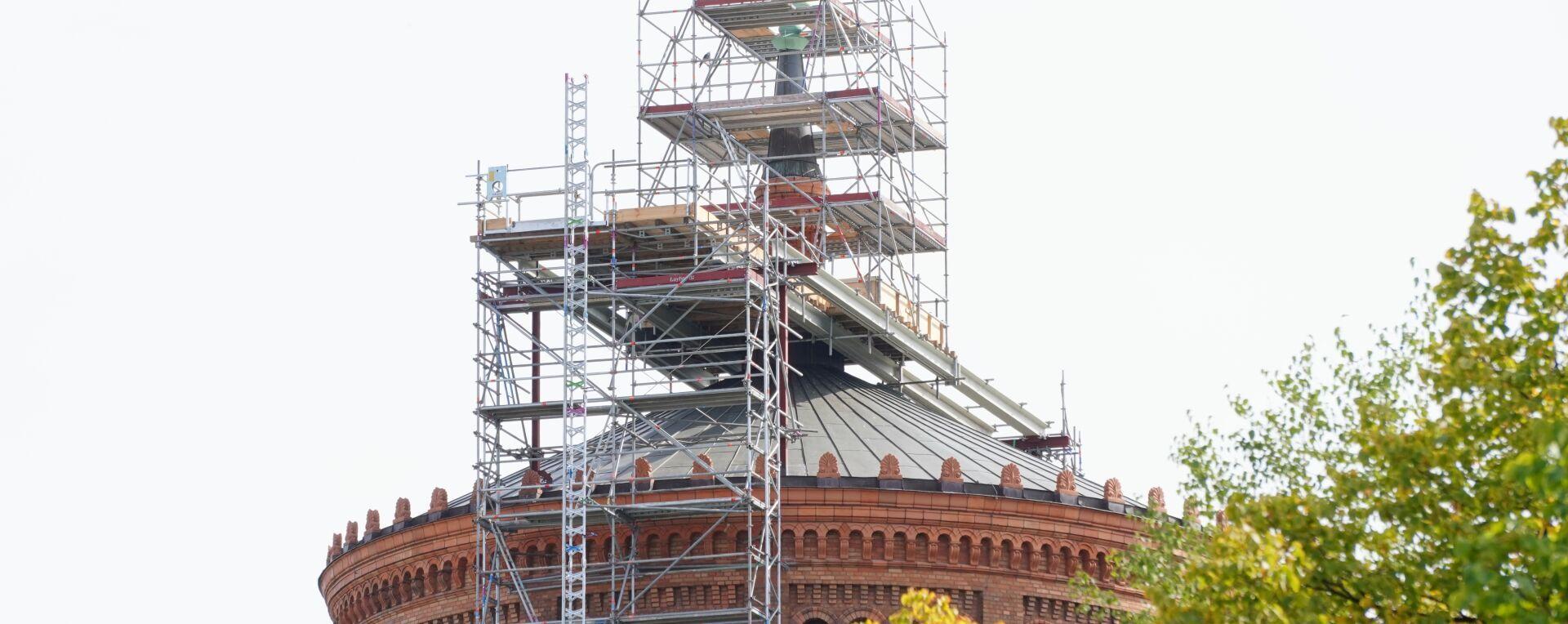 Reparatur auf dem Dach von St. Thomas