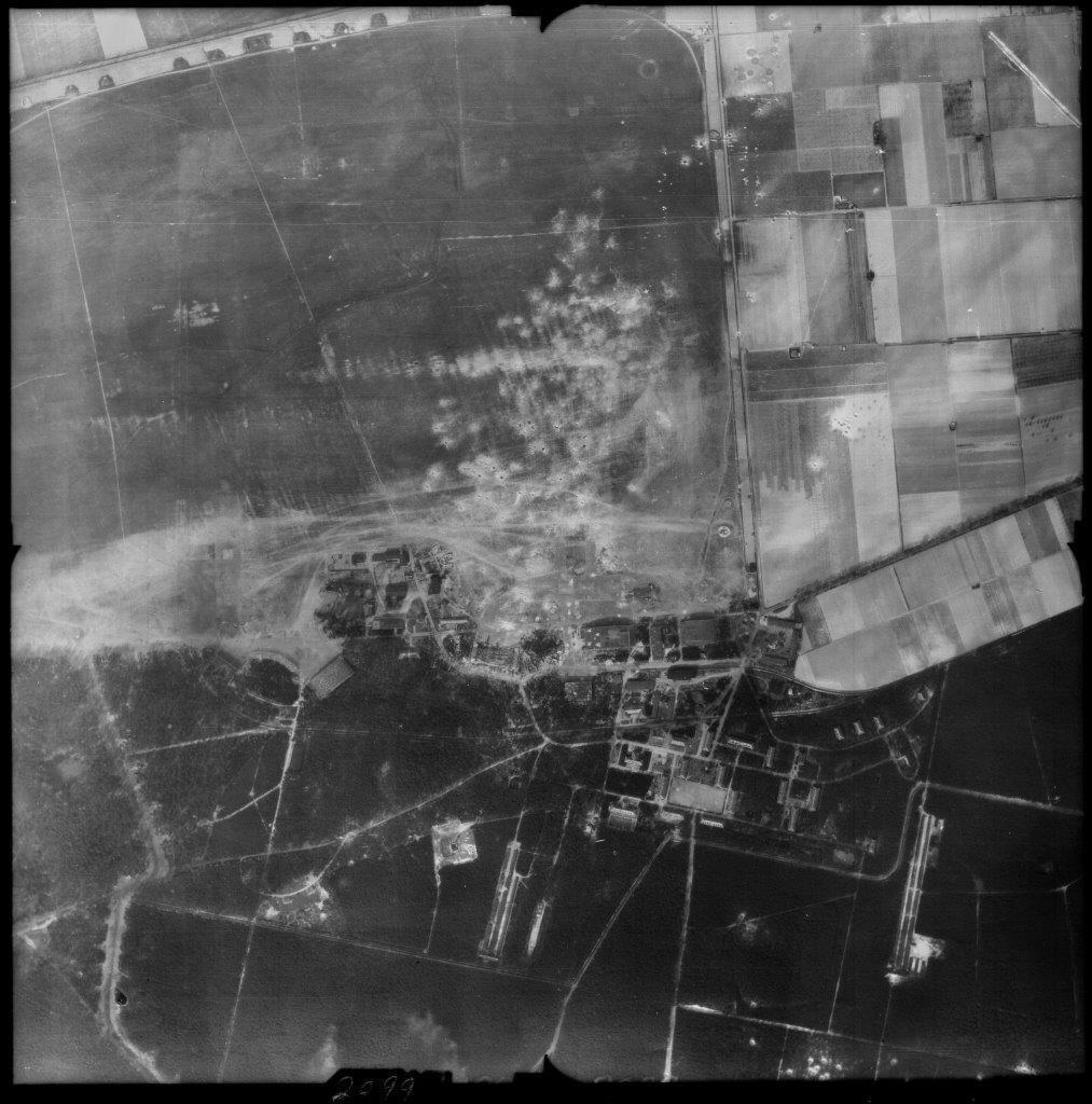 Das bombardierte Gelände des Fliegerhorsts Perleberg, aus der Luft gesehen | Foto: © GeoBasis-DE/LGB, dl-de/by-2-0