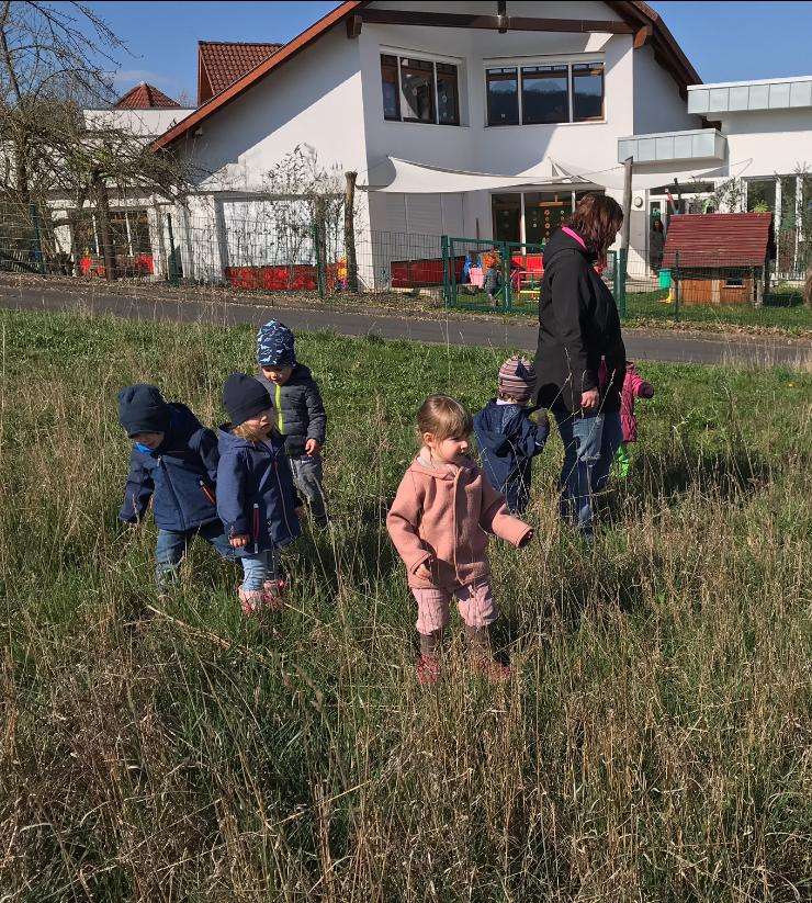 Ostereiersuche im Kindergarten