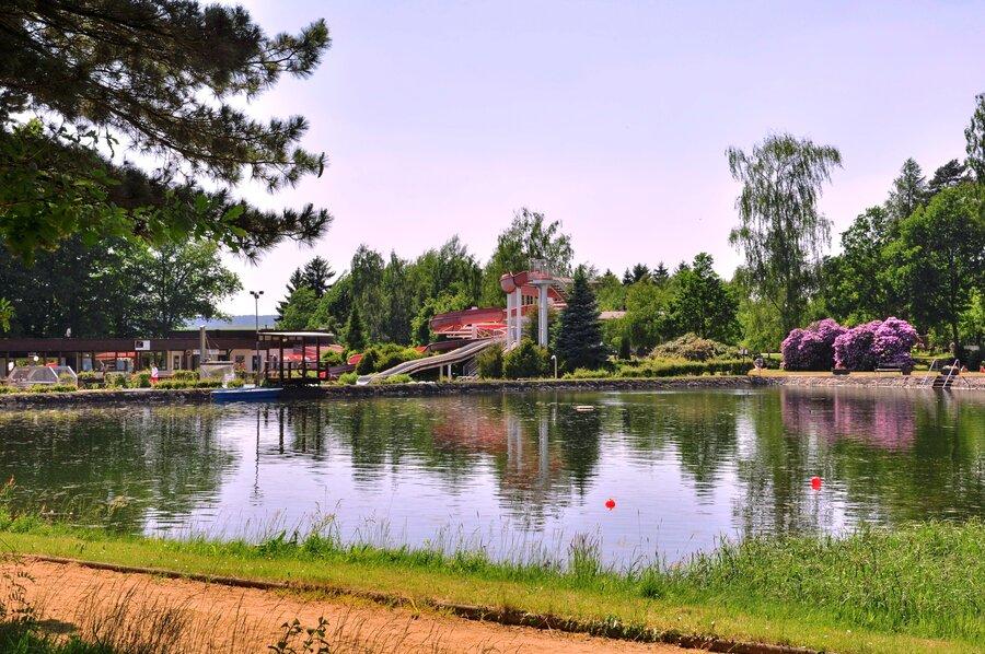 """Wald- und Erlebnisbad """"Silberteich"""""""
