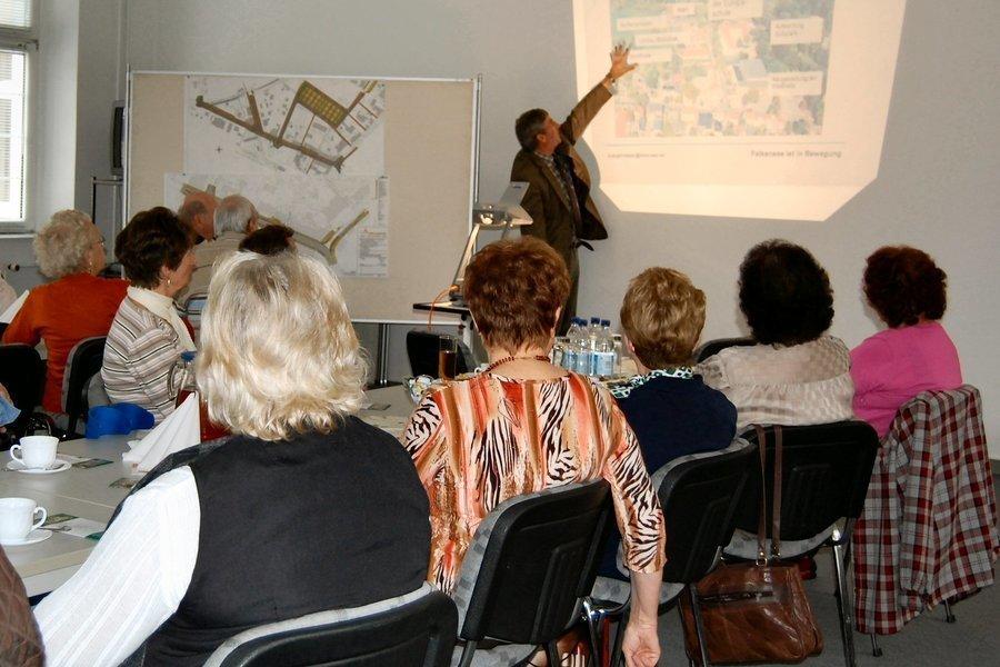 Angebote für Seniorinnen und Senioren bieten verschiedene Einrichtungen in der Gartenstadt.