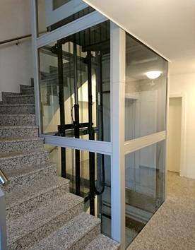 Senkrechtlift Kreuzberg im Innenbereich eines Eigenheims