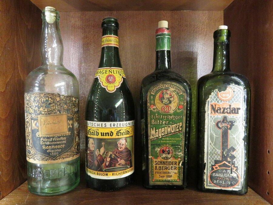 Historische Flaschen, ©Stephan Becker, Brüssow