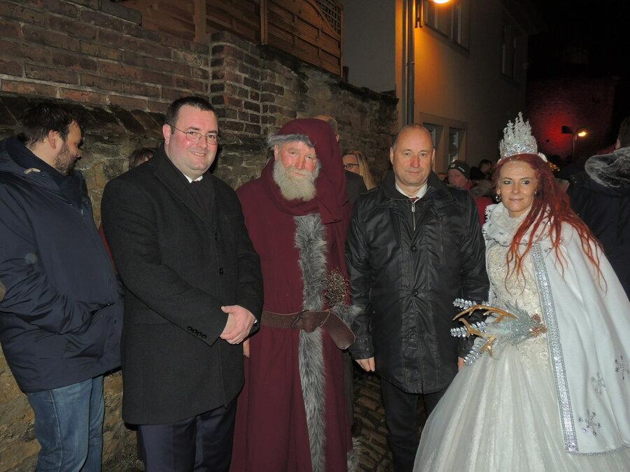 Weihnachtsmann und Schneekönigin kann man zum Weihnachtszauber treffen