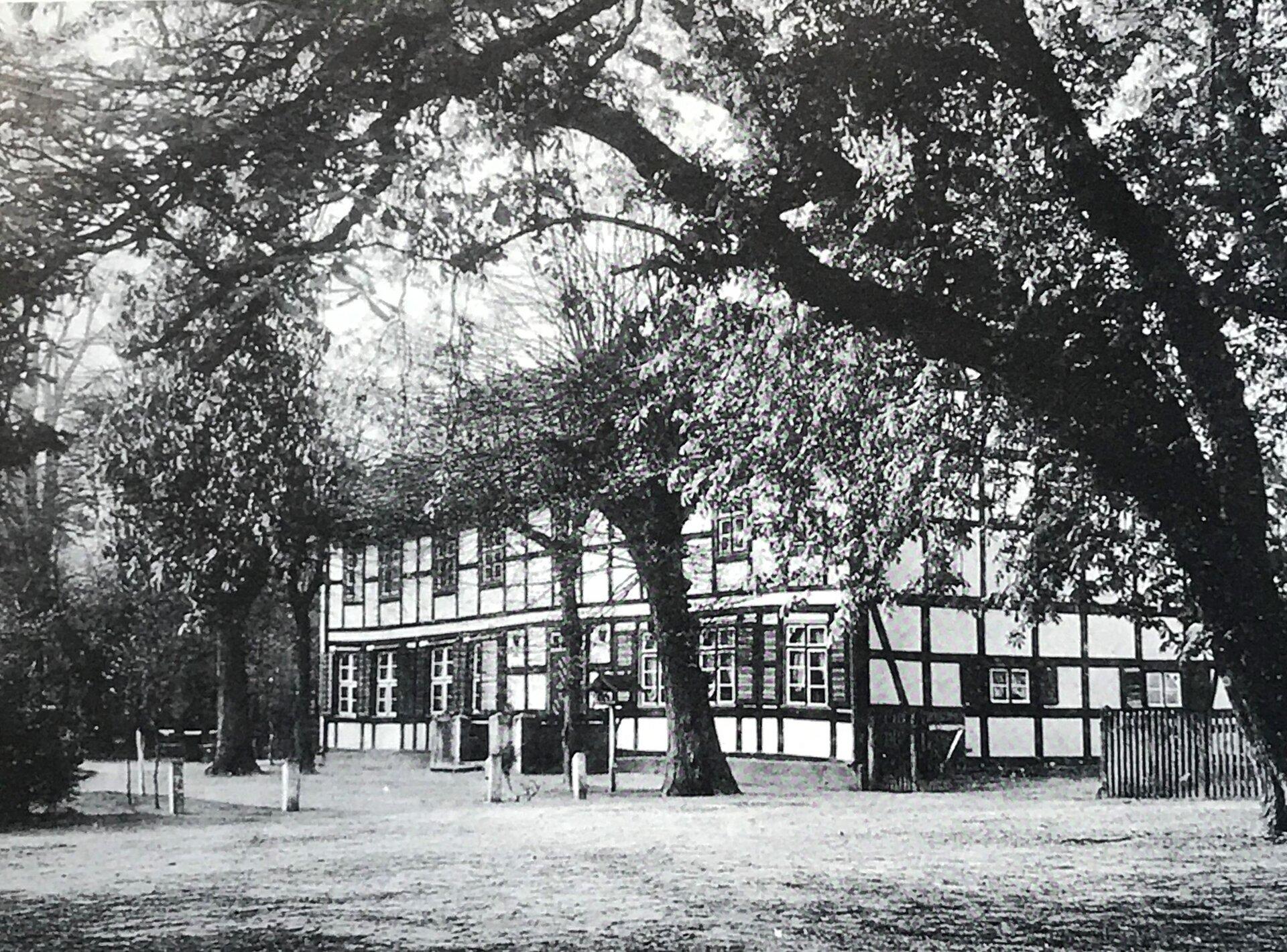 Unser Bild zeigt den Alten Finkenkrug (Quelle: Museum und Galerie Falkensee).