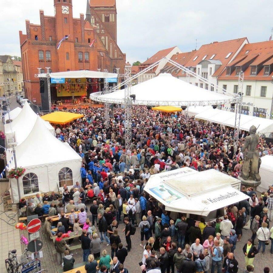 Marktversanstaltung zur 775 Jahrfeier | Foto: Stadt Perlebrg, 2014