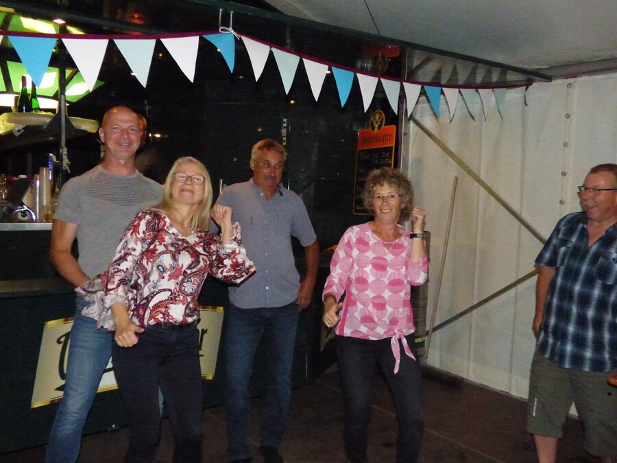 i wanna dance with somebody.  70 Jahre TSV Eggersdorf.