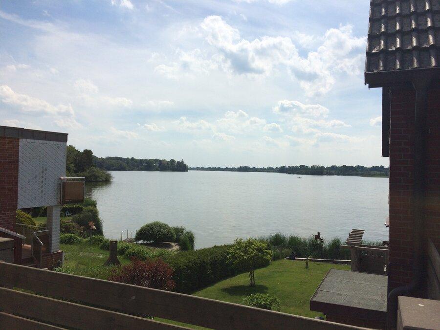 Blick auf den Bothkamper See von Kirchbarkau in Richtung Bissee