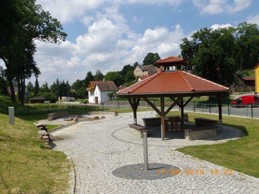 Wanderrastplatz in Schwarzbach