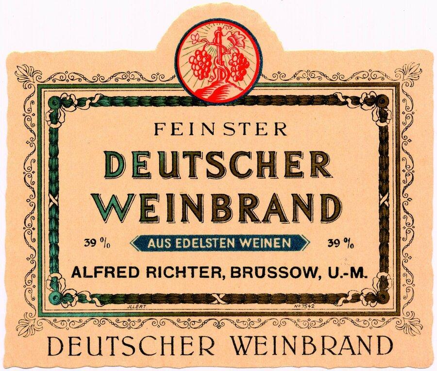 Feinster Deutscher Weinbrand 39%, ©Stephan Becker, Brüssow