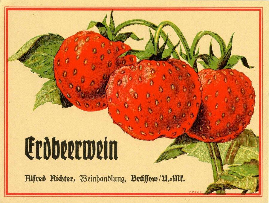 Etikett Erdbeerwein, ©Stephan Becker, Brüssow