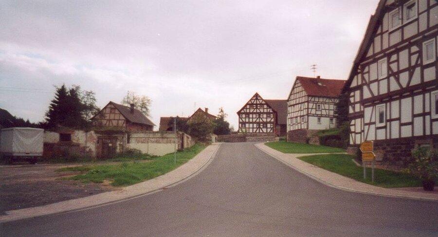 Dorfplatz Eulersdorf Vorher