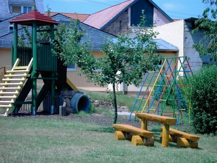 Der neu gestaltete Spielplatz