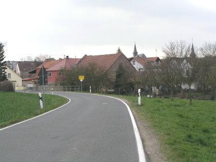 Ortseingang aus Richtung Abtweiler