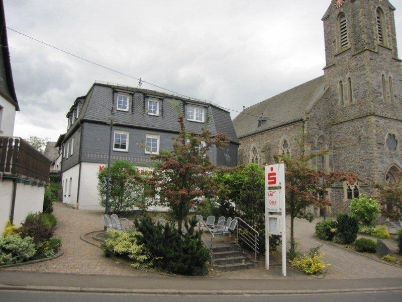 Das Gebäude der Kreissparkasse war ein Kernpunkt der Ideen und Visionen der Arbeitsgruppen bei der Dorfkonferenz