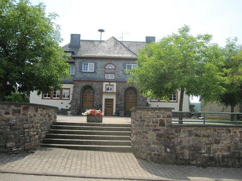 Das Gemeindehaus in Gehlweiler, die ehemalige Schule