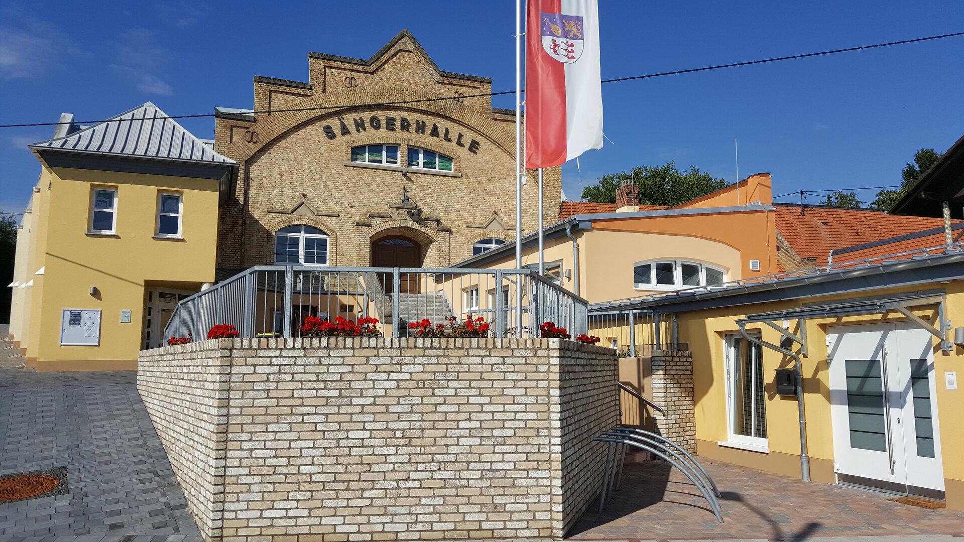 Funktinale Verbesserung und Erweiterung der Sängerhalle