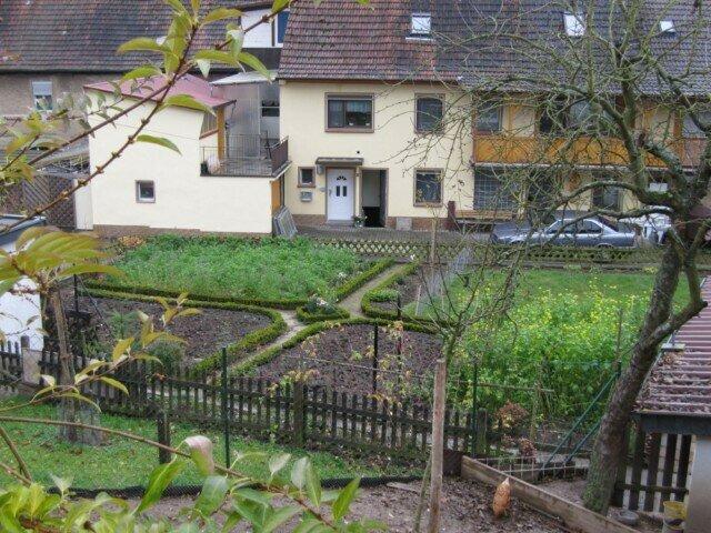Blick in Bauerngarten
