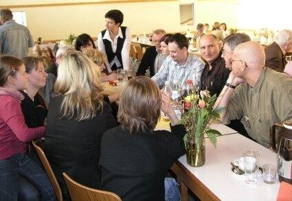 Rege Diskussionen bei der Dorfkonferenz