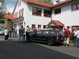Start der Dorfbegehung am 30.4.2005