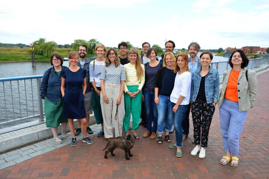 Die Teilnehmer und Initiatoren des Summer of Pioneers in Wittenberge I Foto: Martin Ferch