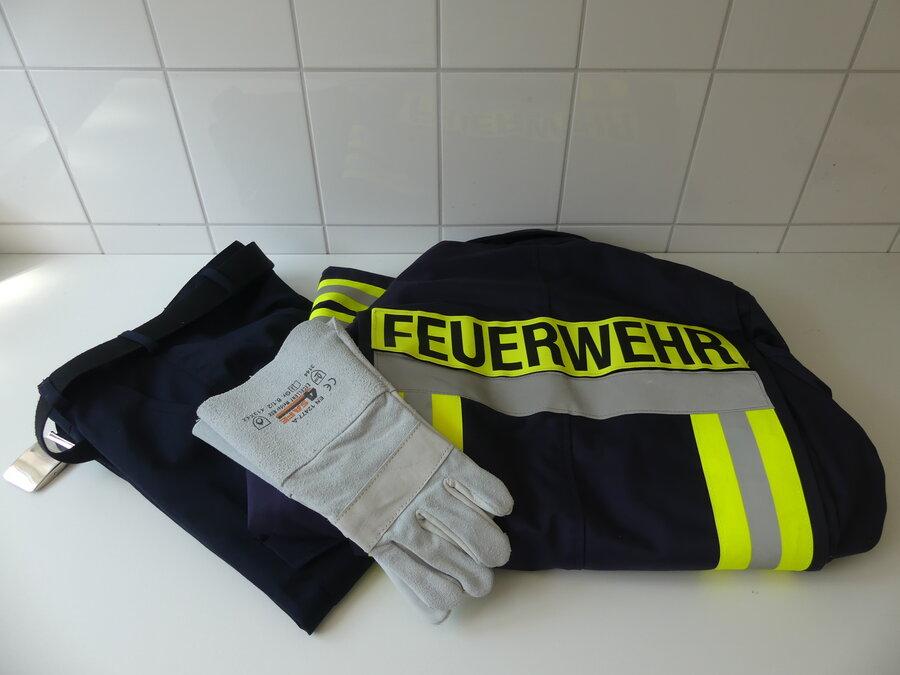 Dienst- und Schutzkleidung