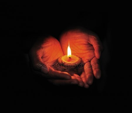candle_in_hand