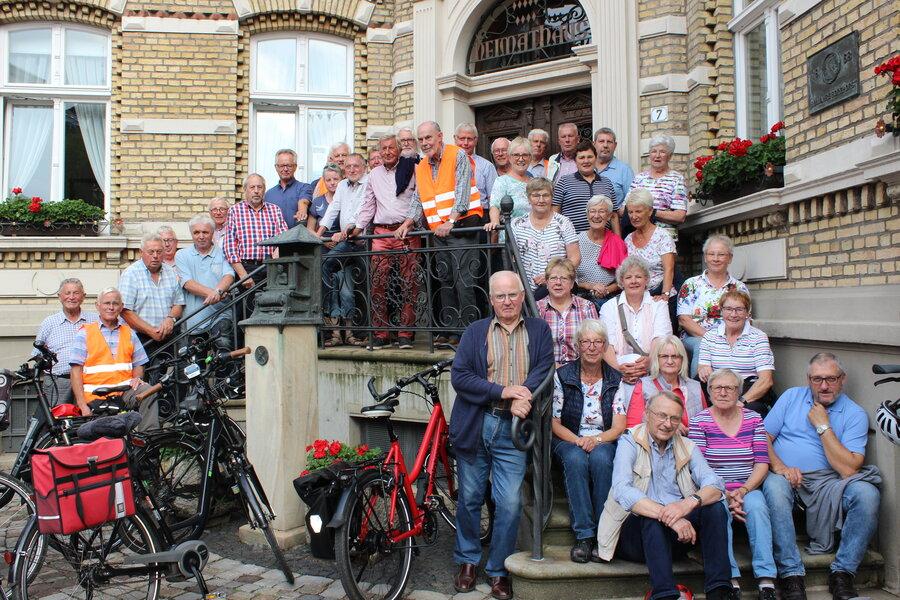 Pättkesfahrer besichtigen das Heimathaus in Borghorst