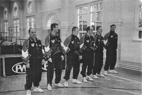 1.Mannschaft Saison 1999/2000, Aufstieg in die 1.Bezirksliga  von links: W. Dietrich, D. Totzauer, D. Meisel, L. Hans, Th. Scheibe, D. Graichen