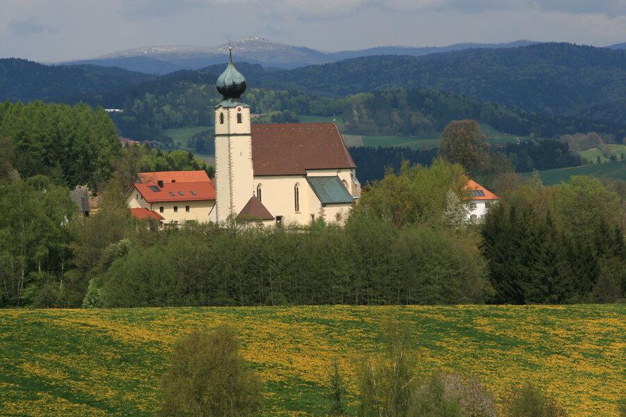 Kirche Preying