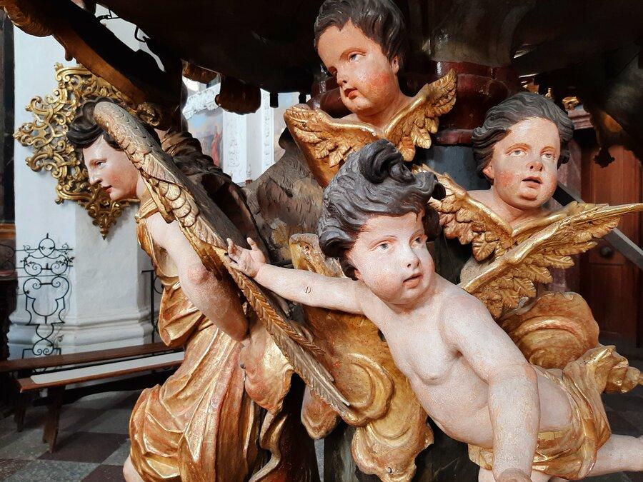Engel in der katholischen Stiftskirche St. Marien Foto: Besucherinformation Neuzelle