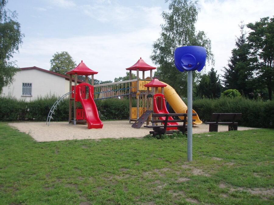 Spielplatz Lawitz Foto: Besucherinformation Neuzelle