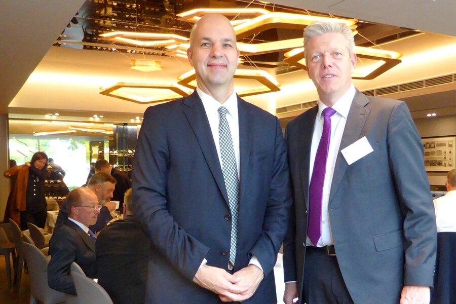 Politisches Mittagessen am 26.09.2019 im Restaurant 1687 mit Prof. Marcel Fratzscher, Ph.D. (l.) mit Begrüßung durch Präsident Dr. Ansgar Tietmeyer (r.)