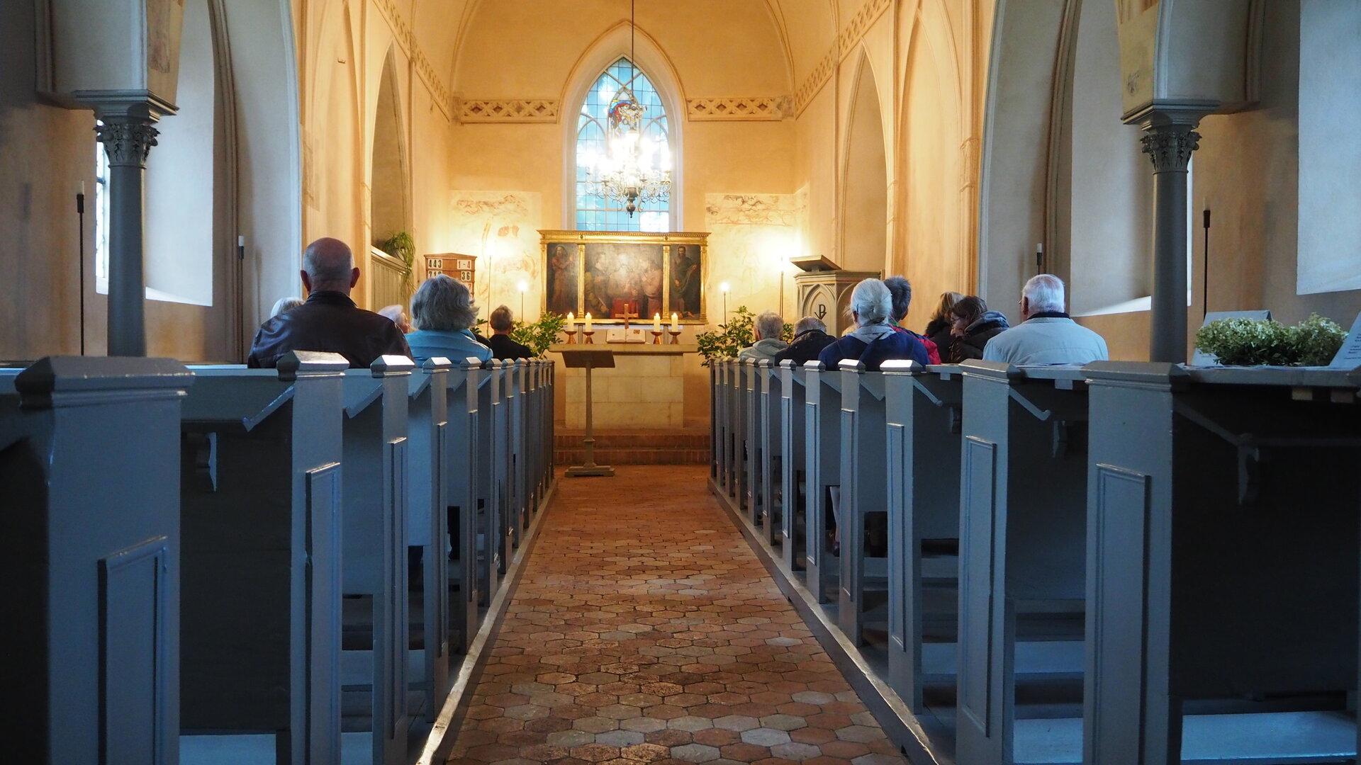 Mit einem Gottesdienst in der Paretzer Dorfkirche begann - wie immer - der Kultur- und Geschichtssonntag