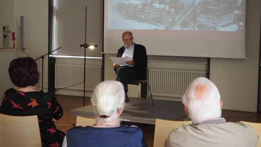 Lesung H.J. Röhrig (Foto: S. Weber)