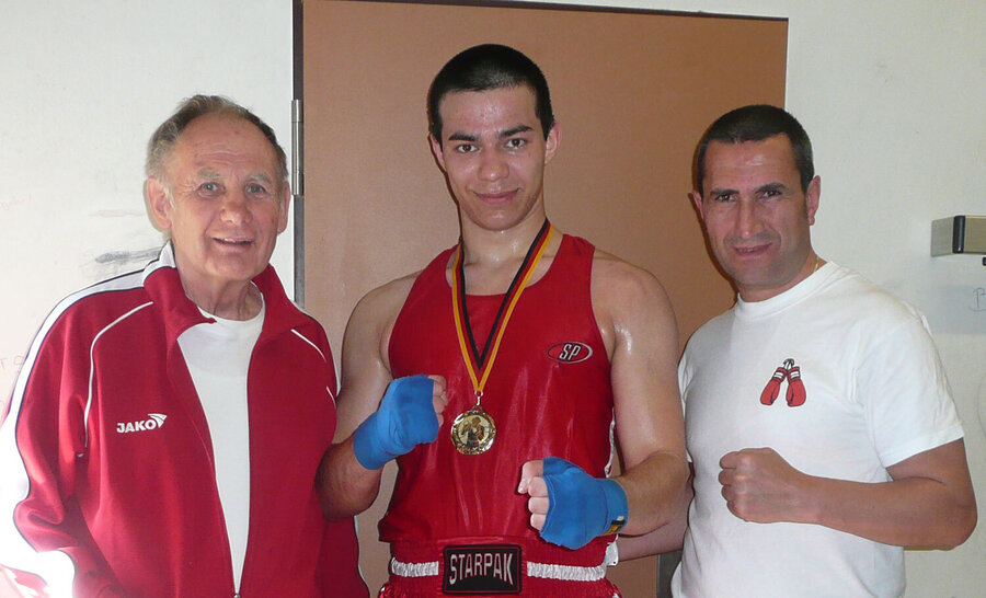 Horst Höpken, Islam Aliorev und Yahya Dasdana