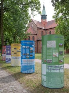 2-Stadt-Land_03_KlosterLehnin_Mausolf_web_klein