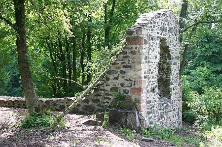 Schafskirche zwischen Eckartsborn und Lißberg