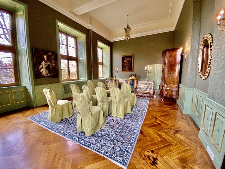 Blick in den grünen Salon