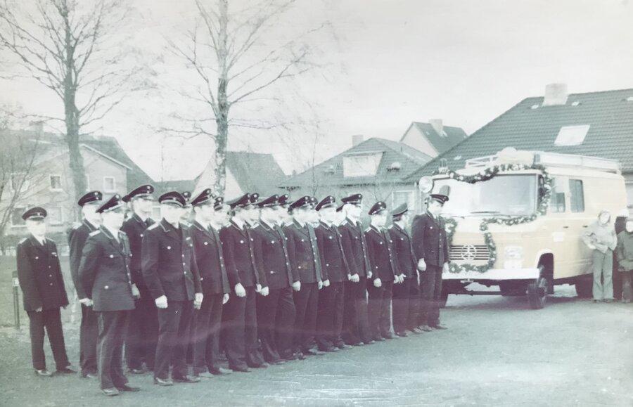 bergabe_Fahrzeug_1976_-1