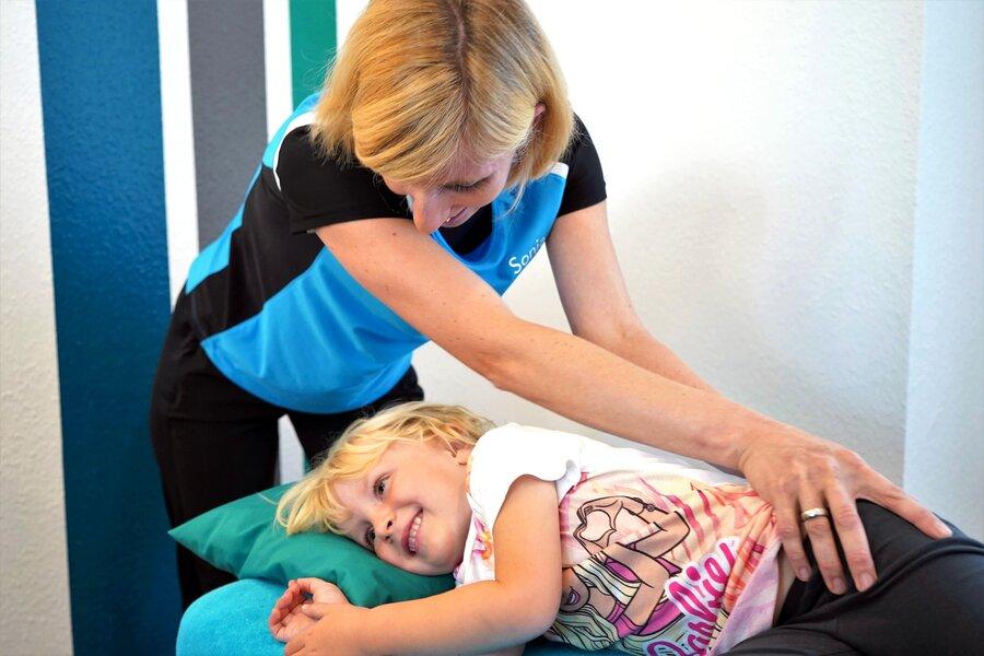 Manuelle Therapie bei Kindern