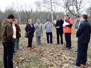 die AG ländliche Entwicklung besichtigt das Objekt 2010