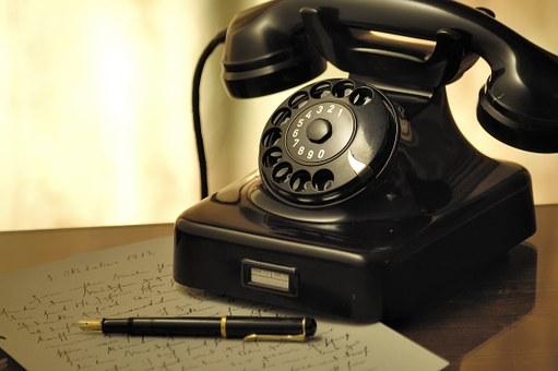 Damals Telefon mit Wählscheibe