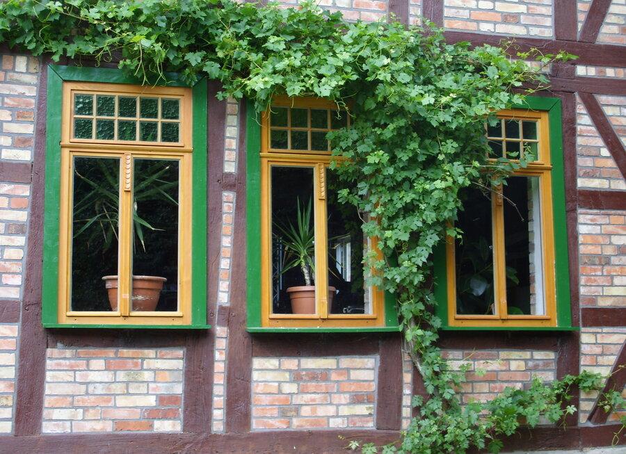 Kastenfenster originalgetreu nach historischem Muster gebaut