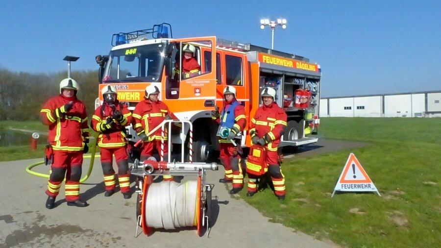 Banner_1_Feuerwehr_Teambild
