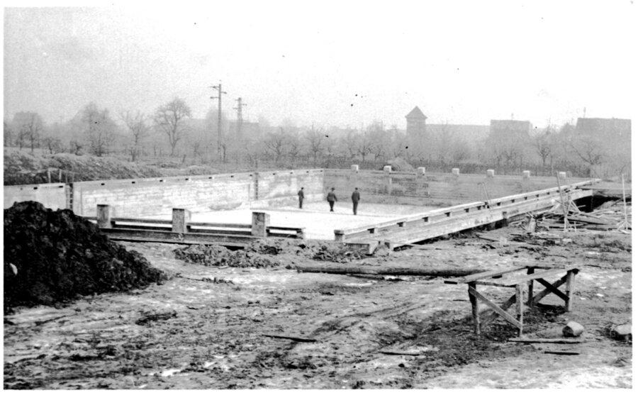 1952-53_Schwimmbadbau3